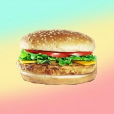 Beijo Frio - BEIJO FRANGO SALADA <br/> Pão, peito de frango, queijo e salada.